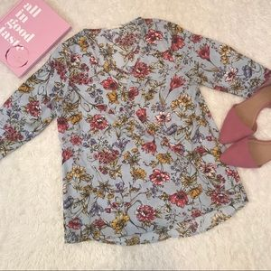 NWOT Floral Blouse Top